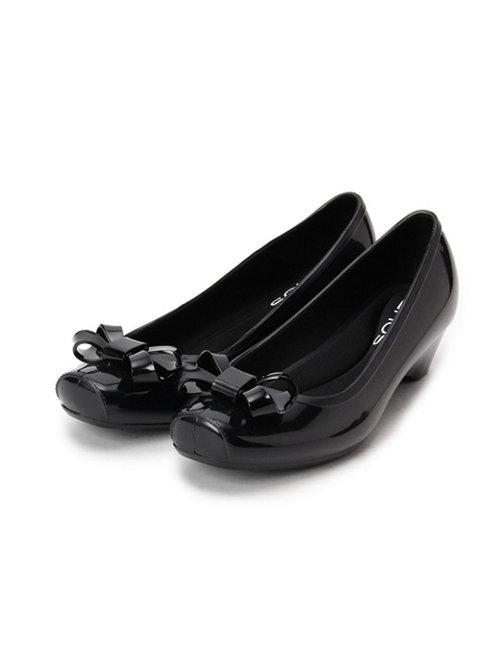 レインパンプスレディース 人気ブランドや痛くない靴をまとめて